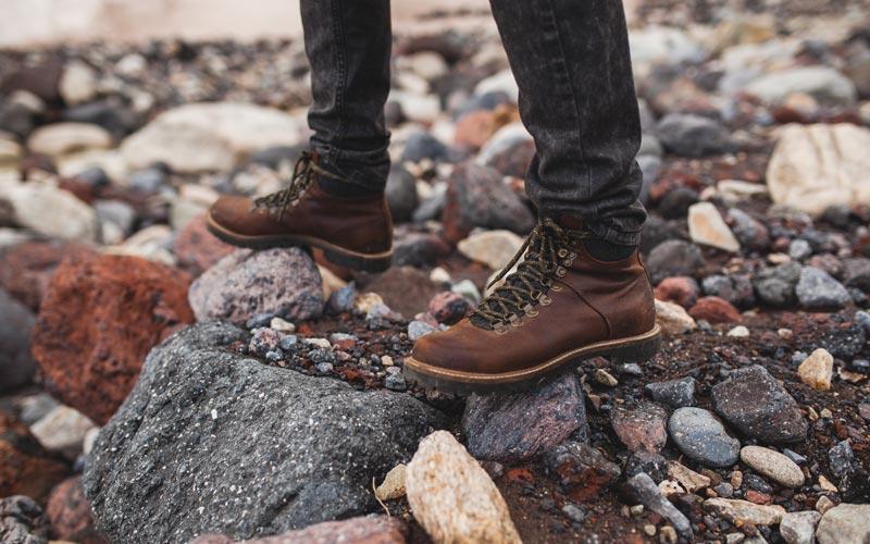 خرید کفش مناسب کوهنوردی